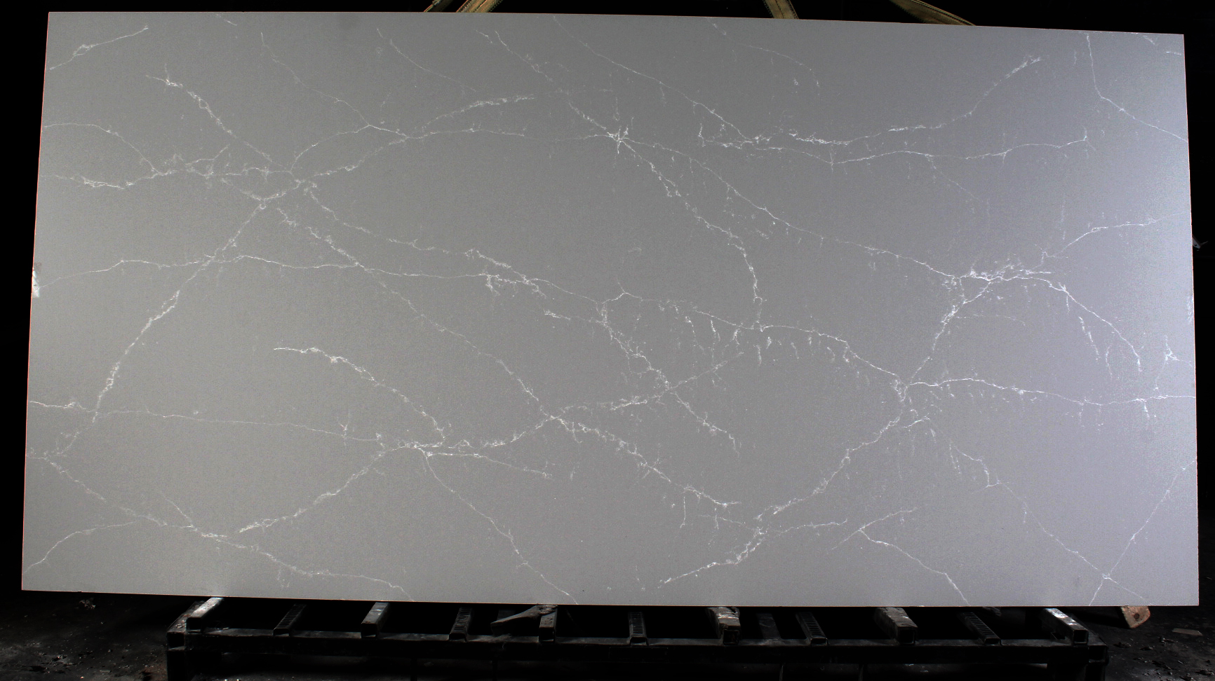 Stone Design Compac Surfaces Unique Argento